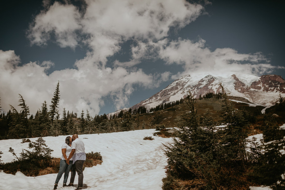 couple at mt. rainier