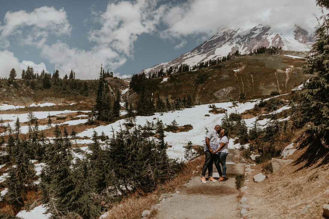 mt. rainier engagement photography